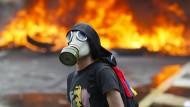 Maduro steht mit dem Rücken zur Wand
