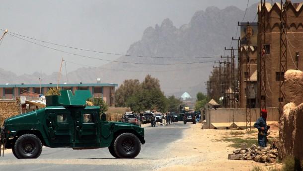 Selbstmordattentäter tötet Cousin von Präsident Karzai
