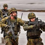 Üben, üben, üben: Bundeswehrsoldaten trainieren den militärischen Ernstfall auf dem Truppenübungsplatz in Munster.