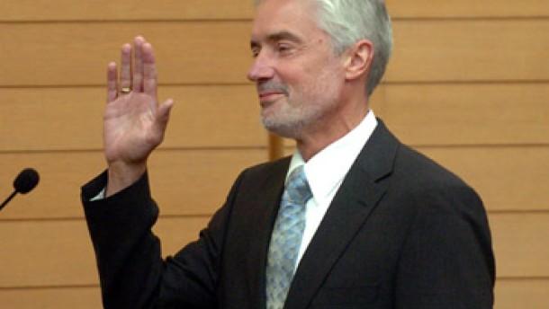 Goll als Justizminister vereidigt