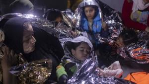 Athen plant schwimmende Barrieren gegen Migranten