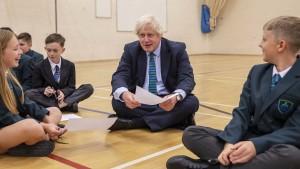 Mit Boris Johnson ins Corona-Chaos