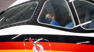 Erster Regierungsflieger vom Typ A350 an Bundeswehr übergeben