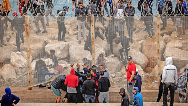 Die Migranten kommen wie gerufen
