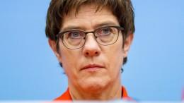 Kramp-Karrenbauer warnt Türkei vor Besetzung Nordsyriens