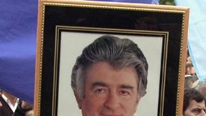Kein Zugriff auf Kriegsverbrecher Karadzic