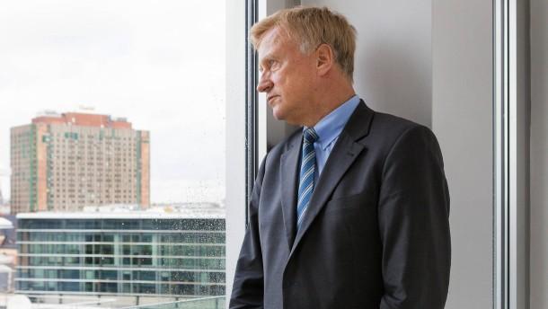 Ole von Beust - Der ehemalige Erste Bürgermeister von Hamburg spricht in Berlin über die Wahlchancen der CDU in Großstädten.