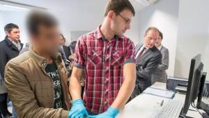 Ab Januar Einzelfallprüfungen für alle Asylbewerber