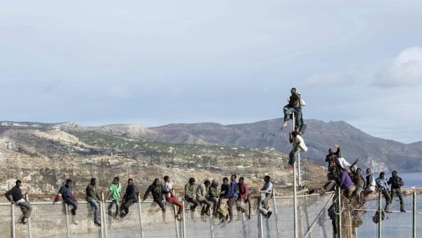 Marokkaner bei Flucht in Koffer erstickt