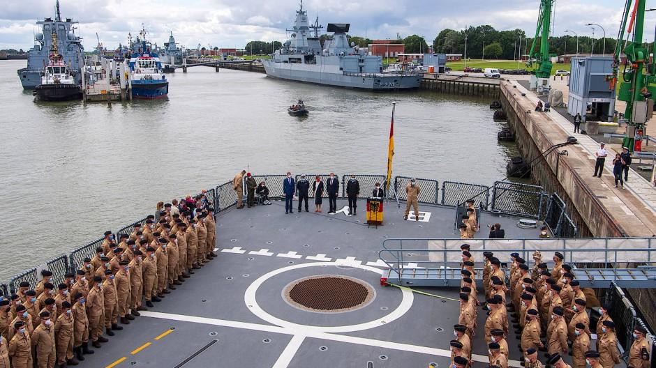 """Verabschiedung der Fregatte """"Bayern"""" am 2. August in Wilhelmshaven"""