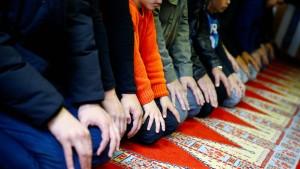 Zahl der Muslime in Deutschland steigt