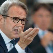 """Thüringer Innenminister Georg Maier (SPD) sagt: """"Wir müssen viel besser verstehen, wo sich Menschen radikalisieren"""""""
