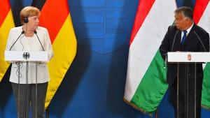Orbán zieht den Hut vor Merkel