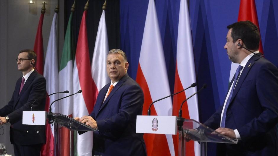 Führende Nationalisten unter sich: Polens Ministerpräsident Mateusz Morawiecki, Ungarns MInisterpräsident Viktor Orban und der italienische Lega-Chef Matteo Salvini.