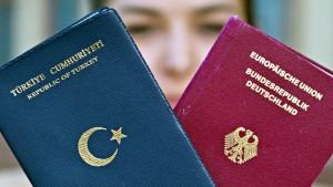 FDP will Doppelpass auf drei Generationen begrenzen
