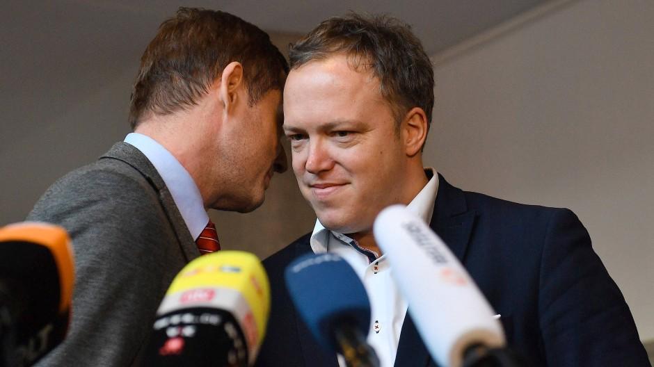 Mike Mohring (links) zieht sich aus allen Ämtern zurück, Mario Voigt ist stellvertretender CDU-Vorsitzender von Thüringen.