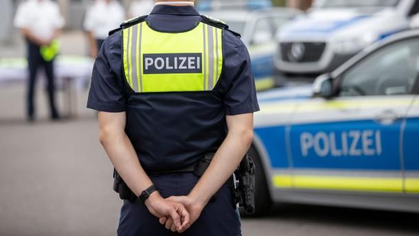 Weitere Polizisten wegen Rauschgifthandel angeklagt