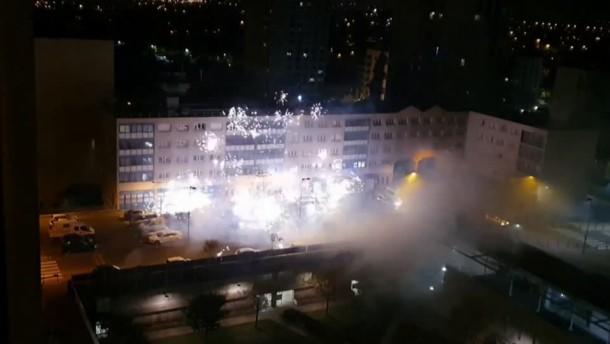 Angriff auf Polizeistation bei Paris