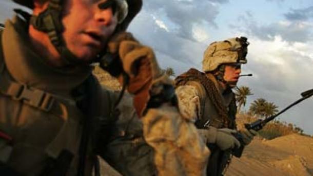 Vier ausländische Soldaten im Irak getötet