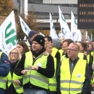 Die Gewerkschaft UFO will über den weiteren Verlauf der Tarifverhandlungen mit der Lufthansa entscheiden. Sollte es zu keiner Einigung kommen, drohen weitere Streiks und Flugausfälle.