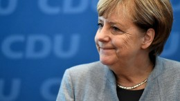 Was sagt Merkel zum schlechten Ergebnis der Union?