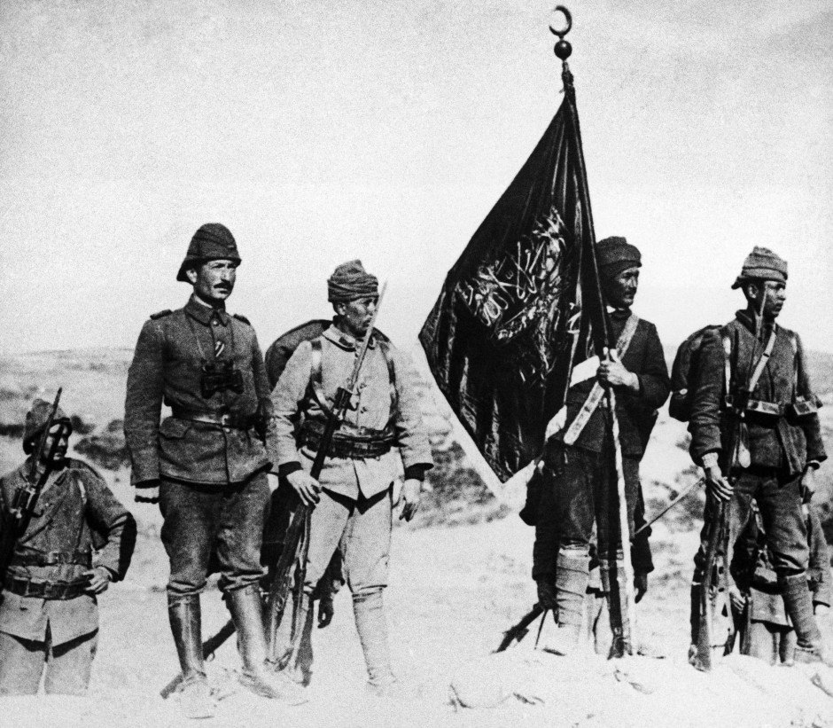 Frankreich verweigerte sich gegenüber Großbritannien eines Zangenangriffs auf das Osmanische Reich. Bei Gallipoli (Foto 1915) siegten die türkischen Soldaten.