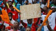 Klingt die Ebola-Epidemie jetzt ab?