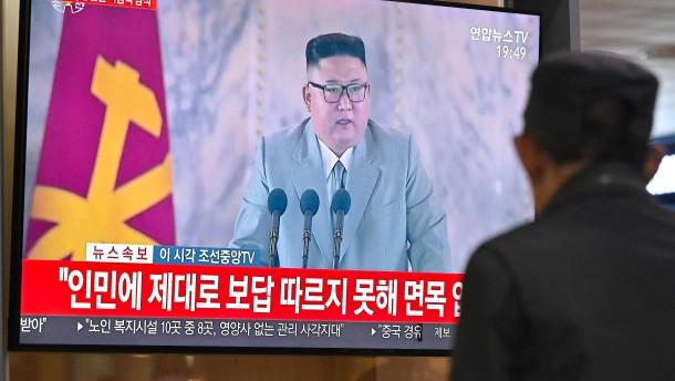 Kim Jong-un entschuldigt sich für schwierige Lebensverhältnisse