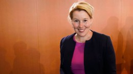 Familienministerin Giffey stellt Rücktritt in Aussicht