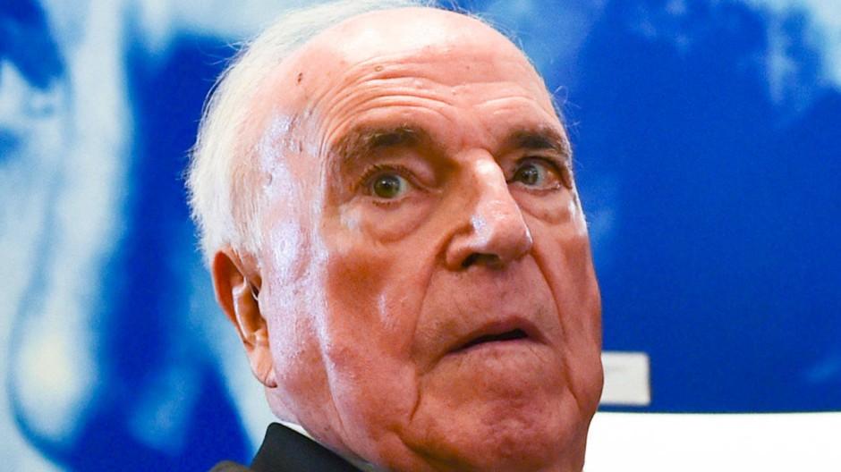 Der frühere Bundeskanzler Helmut Kohl wollte seine harschen Urteile über Parteifreunde und ehemalige Weggefährten für sich behalten.