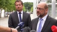 """Schulz: Gewalt bei G 20 hatte """"terroristische Züge"""""""