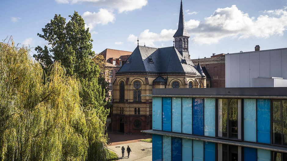 Hilfe im Sterben oder Hilfe zum Sterben? Das Diakoniekrankenhaus in Halle/Saale