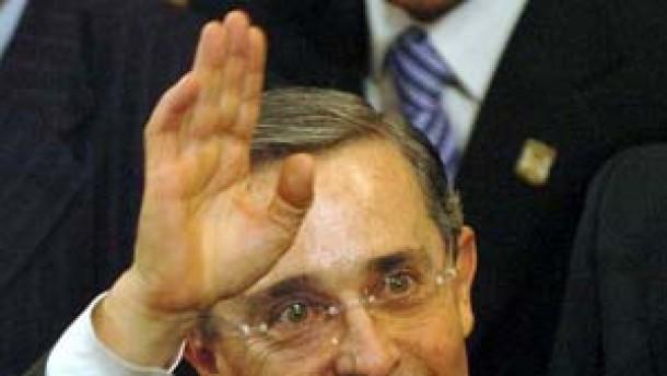 """Uribes """"Politik der harten Hand"""""""