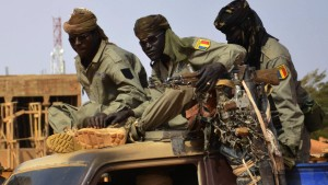 Westafrikanische Staaten sagen 6000 Soldaten zu