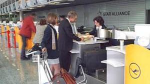 Thierse will Flugmeilen-Regelung mit der Lufthansa