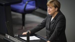 Merkel nimmt Muslime in die Pflicht