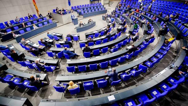 Der Bundestag muss selbstbewusster auftreten