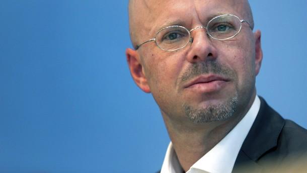 Bisheriger AfD-Landeschef Kalbitz klagt gegen Parteiausschluss