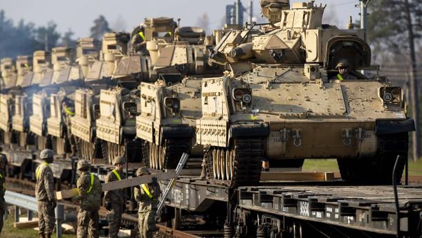 Pentagon will offenbar Ölfelder mit Panzern schützen