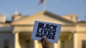 Schwarzer Pfleger von Polizist angeschossen