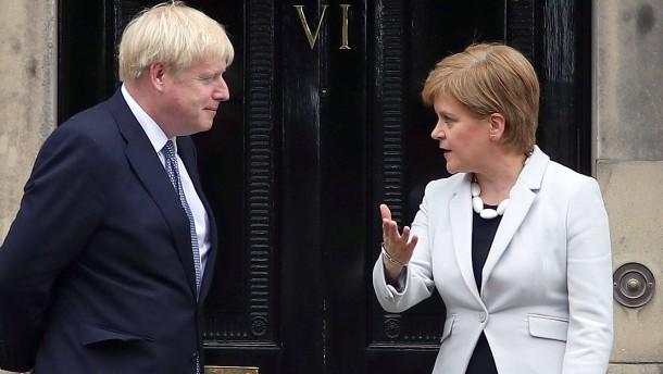 Johnson will die Risse in Großbritannien kitten