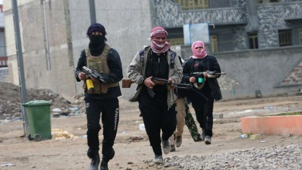 Zweifrontenkrieg gegen die Islamisten