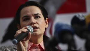 Tichanowskaja fordert EU zu mehr Mut auf