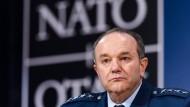 Nato-Oberbefehlshaber warnt vor russischer Aggression