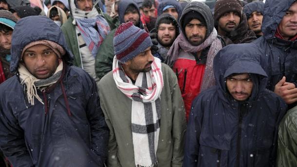 Merz will keine Flüchtlinge aus griechischen und bosnischen Lagern