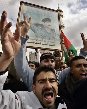 Demonstrierende Palästinenser nahe Hebron