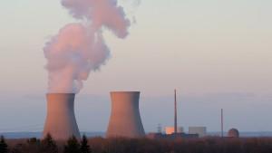 """""""Klimawandel gefährlicher als Atomkraft"""" – Brauchen wir eine neue Energiewende?"""