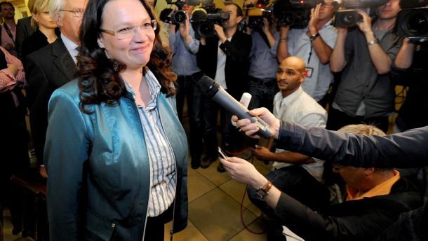 Nahles verteidigt Sarrazins Verbleib in der SPD