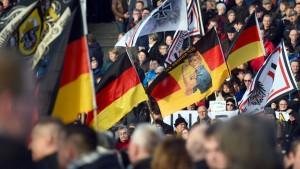 Fremdenfeindliche Demos in mehreren europäischen Städten