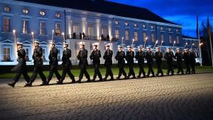 Wehrbeauftragter hält Wehrpflicht-Comeback für illusorisch